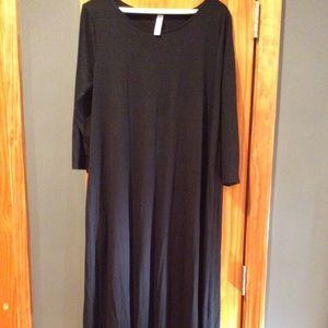 Zenana Premium 3/4 midi dress ( black)